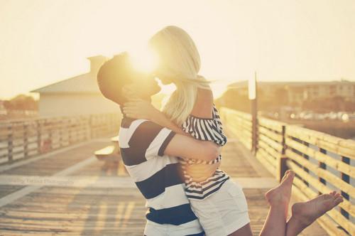 love_couple_kiss_me_loveeee_lovers_coaple-da3a5534d060f0b8f3168591866742e8_h