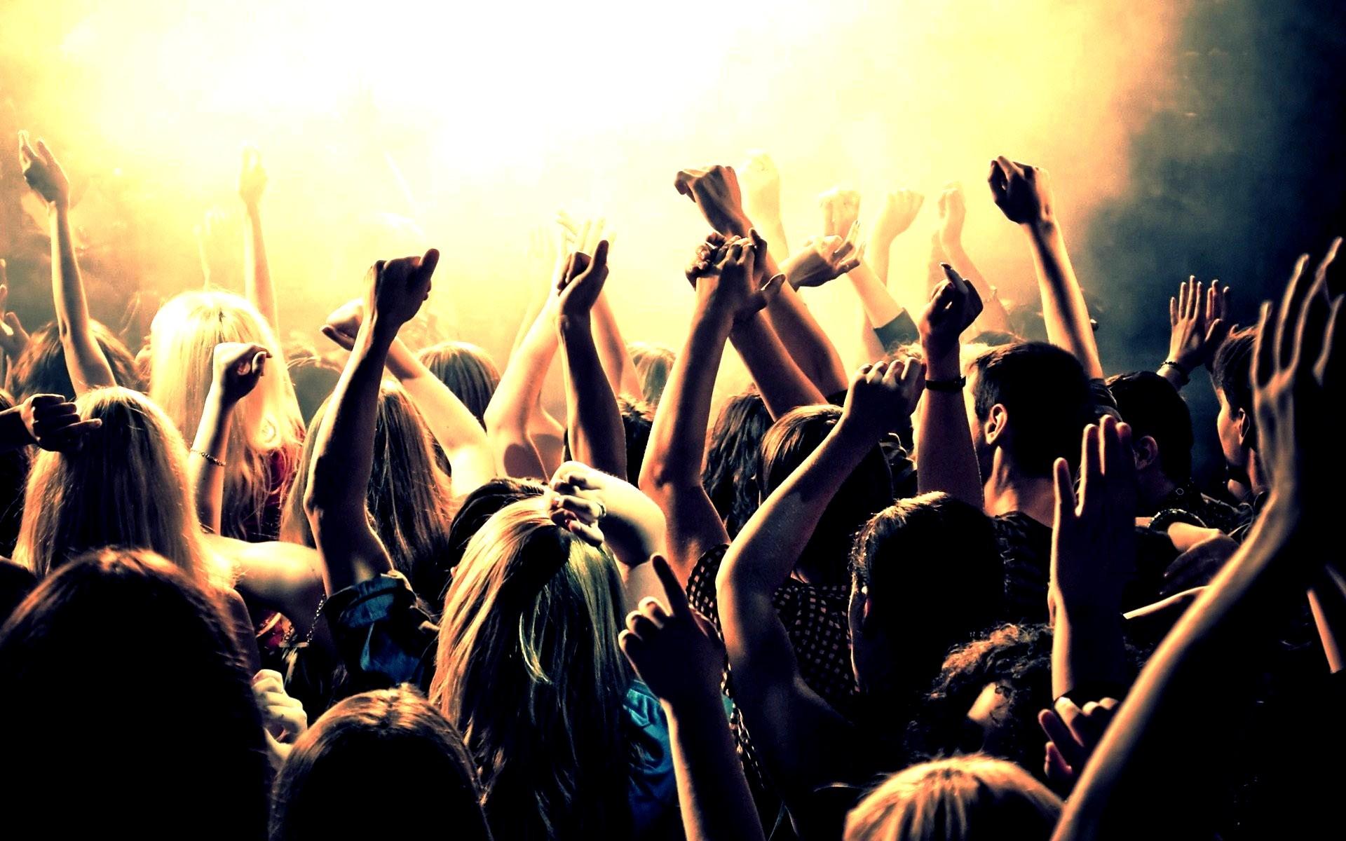 student-party-vineri