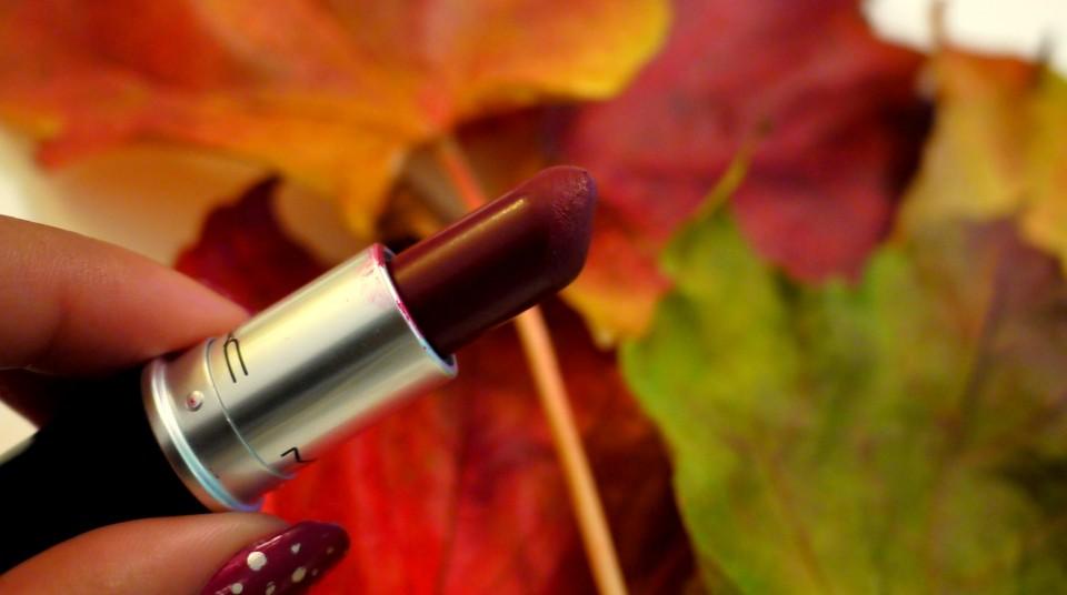 diva mac lipstick