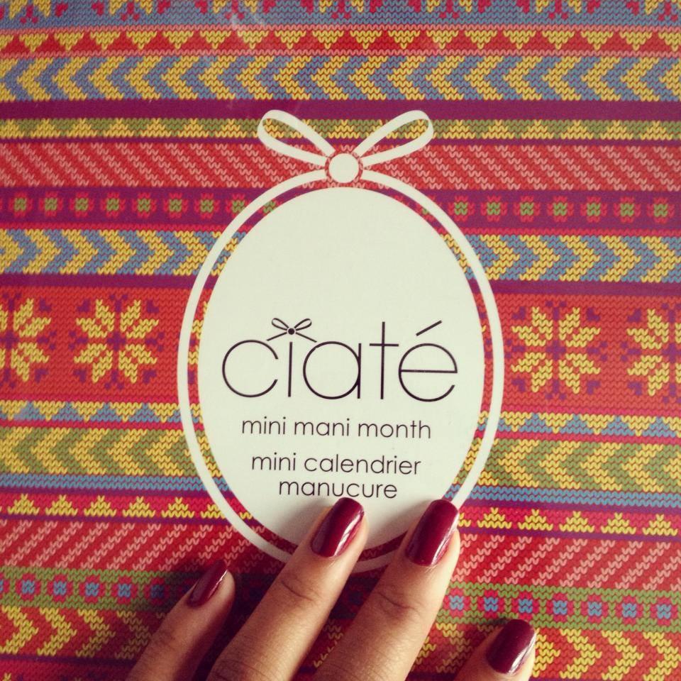 Mini Calendrier Manucure de l'Avent by Ciaté.