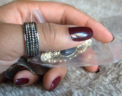 Des bijoux pleins les doigts