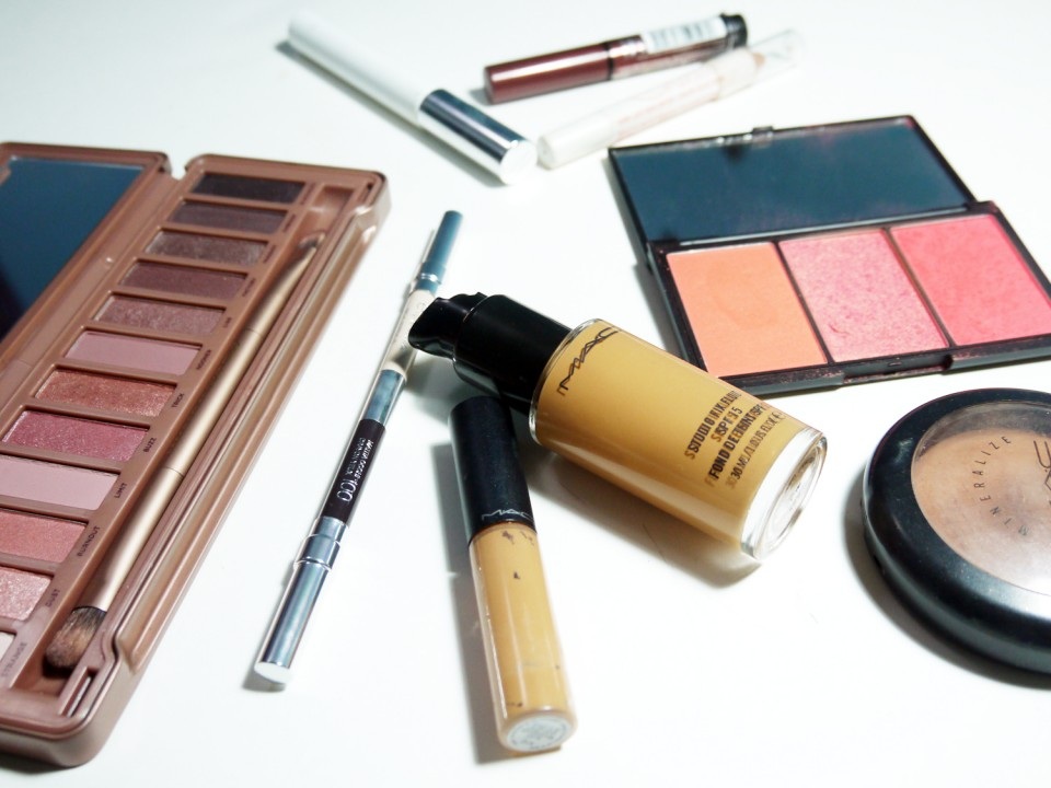 Total Nude Make Up