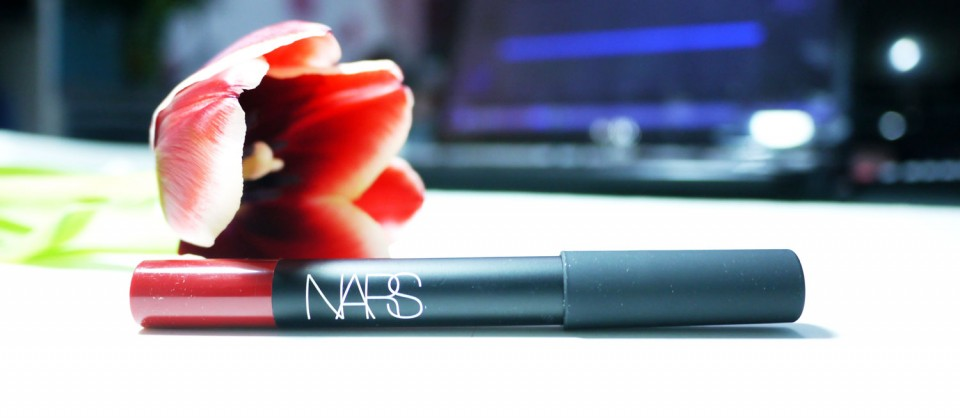 Lip Matte Pencil de NARS Cruella