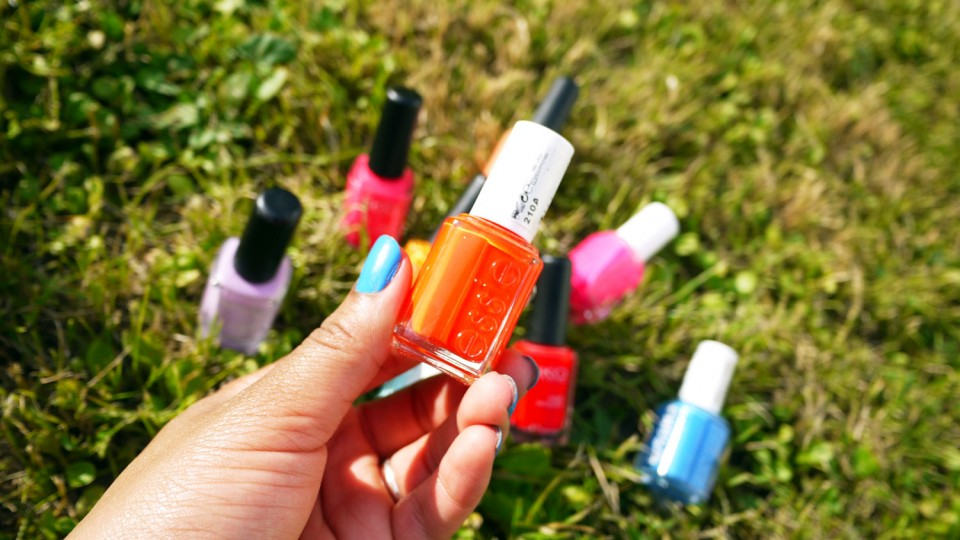 orange essie