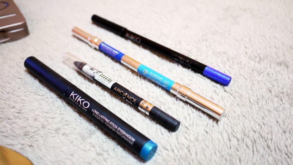 smokey bleu crayon