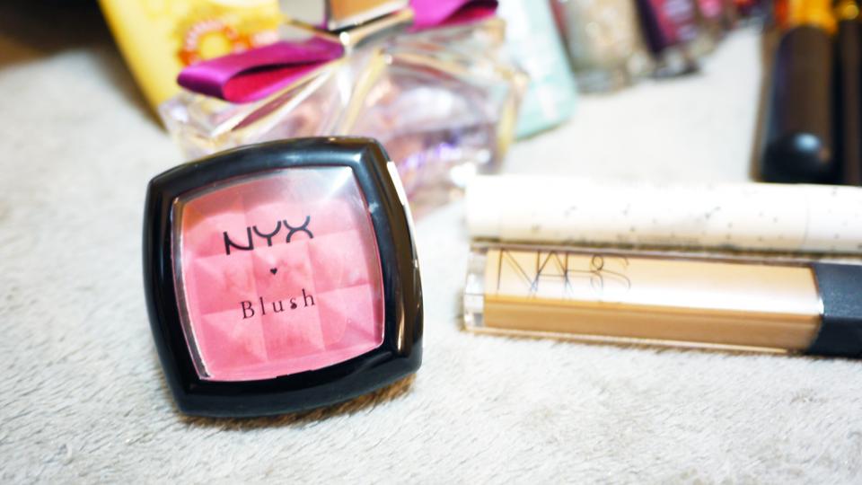 blush mocha nyx
